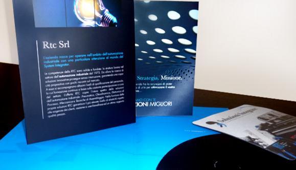 Progettazione cartellina e brochure istituzionale