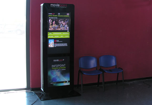 Circuito Moviepoint - Totem Multimediale nel Cinema Movieplex